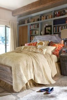 Vintage Inspired Bedding & Sheet Sets, Fine Linens - Soft Surroundings