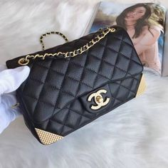 Chanel Carry Around Large Flap Bag A91905 2017 we supply them online Email  me to ge the purchase link. winnie fabebay.com  56f3a13db2fef