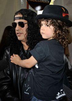 Slash and his son London Emilio Hudson Guns N Roses, Gibson Les Paul, Banjo, Hard Rock, Heavy Metal, Rock And Roll, Saul Hudson, Kids Choice Award, Choice Awards