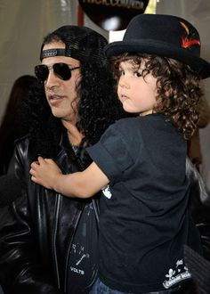 Saul Hudson (Slash) ex guitarrista do guns n' roses com seu filho London Emilio Hudson