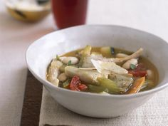 20 Satisfying Soups And Stews: Tuscan Chicken Soup http://www.prevention.com/food/healthy-recipes/comforting-stews-and-soups-satisfy?s=19