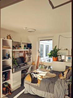 Student accommodation has never looked so good. : CozyPlaces Student accommodation has never looked so good. Zen Bedroom Decor, Bedroom Decor For Couples, 1920s Bedroom, Bedroom Inspo, Zen Bedrooms, Bedroom Furniture, Bedroom Ideas, Casa Hipster, Aesthetic Room Decor