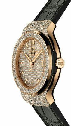 Hublot. Precioso reloj bling-bling.