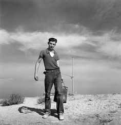 Dorothea Lange: 17 year old boy going to feed the pigs, Malheur County, Oregon Vintage Photographs, Vintage Photos, Dorothea Lange Photography, Shorpy Historical Photos, Farm Boys, Great Depression, Documentary Photographers, Old Boys, Persona