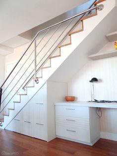 11-ideias-para-voce-aproveitar-o-cantinho-debaixo-da-escada-por-profissionais-do-casapro