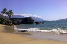 Praia do Viana, em Ilhabela. Visite o BrasilGuias