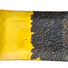 misy, patery i talerze - ceramiczne-kwiecista żółto-czarna