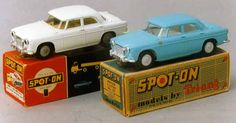 Spot On - Saloons and Sportscars Rover 3 litre with lights