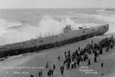 old submarines | German Submarine on Beach 1919 - Hastings old photo archive at ...