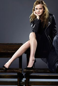 Emma Watson Michelle Pfeiffer and Al Pacino British Actresses, Hollywood Actresses, Actors & Actresses, Ema Watson, Emma Watson Style, Emma Watson Sexiest, Emma Watson Beautiful, Beautiful Celebrities, Beautiful Actresses