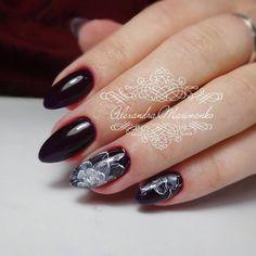 """Долго думала, как назвать этот дизайн. В голову пришло """"Призрачные цветы"""")🌼👻😁💅 #люблюсвоихклиентов #alex_maximenko_nail #alex_maximenko #instaphoto #photo #nails #gel #new #minimalism #design #manicure #flower #color #fashion #tutorial #flawless #gelpolish #watercolor #мастеркласс #идеиманикюра #маникюр #мк #росписьногтей #пошагово #дизайнногтей #рисунок #дизайн #гельлак #подкутикулу 💅 #Львов"""