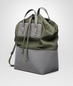 Bottega Veneta® - TOTE BAG IN DARK SERGEANT TECHNICAL CANVAS AND NEW LIGHT GREY INTRECCIATO CALF