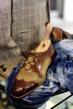 The Shoe AristoCat  Roberto Ugolini - Ghillie renditions Scarpe Folli 0d60b864b7a