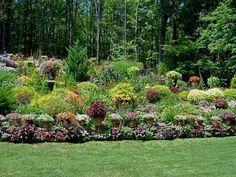 29 Creative Landscape plans for you to try for your backyard Sloped Backyard, Hillside Landscaping, Landscape Projects, Backyard Garden, Backyard Landscaping Designs, Sloped Garden, Garden Renovation Ideas, Outdoor Landscape Lighting, Landscaping A Slope