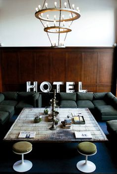 Source: Ace Hotel Can this please be mine? The communal seating lounge as part of the Ace Hotel in Portland Oregon (I always think I would like Portland) - it has that comfy cool vibe to it don't you. Casa Hotel, Hotel Lobby, Grand Hotel, Deco Restaurant, Restaurant Design, Design Exterior, Interior And Exterior, Luxury Interior, Luxury Furniture