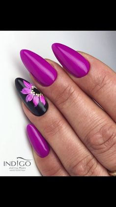 Purple black floral nail art ideas in 2019 acrylic nails, gel nails, pretty Fabulous Nails, Gorgeous Nails, Pedicure Designs, Nail Art Designs, Gel Nails, Acrylic Nails, Nagellack Design, Floral Nail Art, Purple Nails