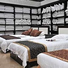 http://www.homelinensindia.com/hotel-linen.php#bed-sheets - Bed Sheet manufacturer,Supplier and Exporters to Various Countries in the Worldwide.We Manufacture all the Bedding Set Products Using Pure Cotton With High Quality.
