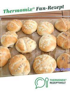 schnelle Sonntagsbrötchen von mabundes. Ein Thermomix ® Rezept aus der Kategorie Brot & Brötchen auf www.rezeptwelt.de, der Thermomix ® Community.