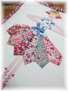 New patchwork skirt dresden plate 41 Ideas Dresden Plate Patterns, Dresden Plate Quilts, Applique Patterns, Applique Quilts, Quilt Patterns, Quilting Projects, Quilting Designs, Sewing Projects, Doll Quilt