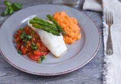 Bakt torsk med chorizosalsa, asparges og søtpotetmos - Elin Larsen