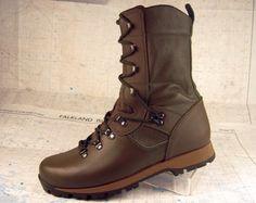 Altberg Bootmakers - England. The Sneeker Original. Lightweight!