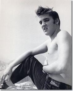 Elvis Presley At The Knickerbocker Hotel, Hollywood - August 18, 1956 On Saturday