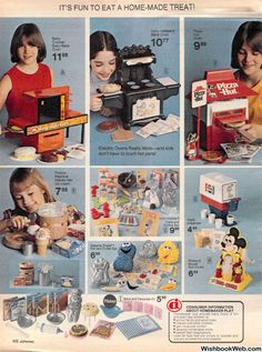 1977 JCPenney Christmas Catalog Christmas Catalogs, Christmas Toys, Vintage Christmas, Biker Movies, Commercial Music, 1970s Toys, Toy Catalogs, Popular Toys, Good Movies