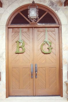 Love this for the doors! Would be nice on the church, but idk where I'll have my wedding since our church is so small. Unless God provides and we get a bigger church.