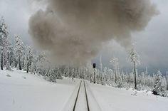 Bahnlinie im Schnee