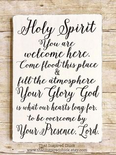 Holy Spirit You Are Welcome Here Wood Sign Farmhouse Decor Rustic Fixer Upper Distressed Painted Wood Gallery Wall Christian Rustic Farmhouse Decor, Rustic Decor, Modern Farmhouse, Country Farmhouse, Farmhouse Ideas, Coastal Decor, Rustic Wood, Modern Decor, Fixer Upper