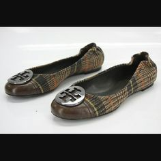 Tory Burch Serena Brown Plaid Flats Brown plaid, minor scuffing on bottom and bottom front, markings on insoles from labels and doesn't affect comfort, worn 5x, EUC. Tory Burch Shoes Flats & Loafers