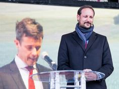 Crown Prince Frederik together with Crown Prince Haakon of Norway in charge of the official inauguration of a new submarine cable between Norway and Denmark and two new high-voltage lines, coupled with the connection.12/03/2015