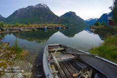 Oppstrynsvatnet Oppstryn Stryn #visitnorway #oppstrynsvatnet #stryn #oppstryn #rowing #boat #lake #norge #reiseblogg #travelblog #travelblogger #landscape #nature #outdoor #utno #friluftsliv #liveterbestute #robåt #nordic #trip