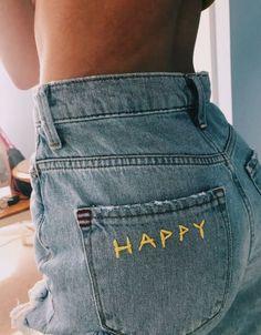 Comment porter un total look jean ? Diy Jeans, Diy Clothes Jeans, Diy Clothing, Custom Clothes, Designer Clothing, Diy 90s Clothes, Diy Clothes Vintage, Thrift Clothes, Sewing Jeans