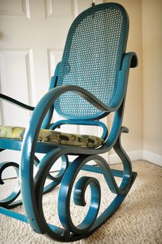 Cane Rocking Chair Makeover-actually had a rocking chair like this when I had my apt. Never liked the wicker back. :/ But the scroll design on the legs is beautiful!