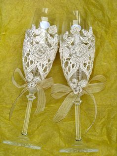 Love this idea :)-  Very cost effective for wedding toast since you only use the glasses once!
