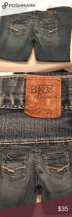 "EUC Women's BKE 'Drew' Jeans Size 30"" x 31 1/2 EUC Women's BKE 'Drew' Jeans Size 30"" x 31 1/2 BKE Jeans"