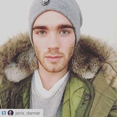 janis_danner' @janis_danner wearing our M51 vintage parka. Love it! Have a nice weekend!!