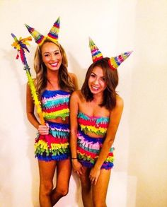 Require an impressive fancy dress costume this Halloween? Have yourself one of these new Halloween Costumes for 76 Halloween Costumes For Women That Are Seriously GENIUS. Halloween Kostüm Baby, Easy College Halloween Costumes, Fete Halloween, Sexy Halloween Costumes, Halloween Ideas, Couple Halloween, Pinata Halloween Costume, Halloween Office, Halloween Makeup