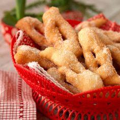 Klenäter - recept | Mitt kök Bun Recipe, Swedish Recipes, Fika, Onion Rings, International Recipes, Apple Pie, Cookie Recipes, Sweets, Christmas Recipes