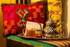Marrakech, Morocco. An enchanting city of winding streets, delicious food, warm people, and the ever-present scent of woodsmoke. This blend is a twist on a traditional Moroccan mint tea with a touch of citrus and camomile.