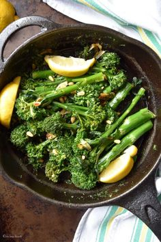 This vegan & gluten free recipe for Easy Garlicky Sauteed Broccolini is a simple, no fuss side dish that is also healthy & delicious. This broccolini recipe takes less than fifteen minutes. Healthy Side Dishes, Vegetable Side Dishes, Side Dish Recipes, Vegetable Recipes, Vegetarian Recipes, Healthy Recipes, Recipes Dinner, Potato Recipes, Breakfast Recipes