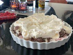 Denne kaken lager du på 10 minutter! Ny favoritt - Franciskas Vakre Verden Food N, Food And Drink, I Love Food, Good Food, Norwegian Food, Wheat Beer, Crazy Cakes, Sweets Cake, Pavlova