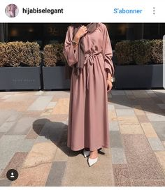 Introducing our new versatile Bella abayas. Features bell arms and a belt attached. Can be easily dressed up or down. Comes complete with a matching hijab. Made up from high quality Nida fabric. Modest Fashion Hijab, Abaya Fashion, Fashion Outfits, Modest Outfits Muslim, Red Outfits, Classy Outfits, Casual Outfits, Hijab Mode, Abaya Mode