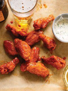 Ailes de poulet Buffalo , la sauce est super, même pour tremper du poulet