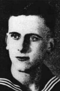 "Oberleutnant zur See Hermann Stuckmann (1921-1944) Kommandant Unterseeboote ""U 621"", Ritterkreuz 11.08.1944"