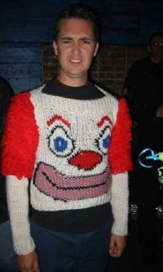 Wil Wheaton is an oh-so-attractive Bozo sweater. Ugly Sweater Contest, Ugly Sweater Party, Ugly Christmas Sweater, Xmas Sweaters, Darwin Awards, Ugly Clowns, Mode Bizarre, Ugly Outfits, Carnival