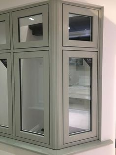 New Flush Sash Window from GHI's Heritage Collection available at their new Weybridge Surrey Double Glazing Showroom Upvc Sash Windows, Aluminium Windows And Doors, Front Doors With Windows, Green Windows, Casement Windows, Coloured Upvc Windows, Bay Window Exterior, Grey Exterior, Exterior Colors