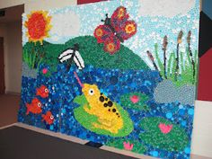 Butterfly made with plastic bottle caps art lessons 3d for Bottle cap mural tutorial
