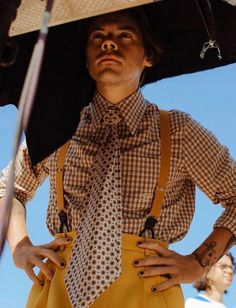 """harrystylesdaily: """" gucci: Harry Styles face of the d'une Odeur campaign—captured in a series of images from the making of his music video 'Adore You' wearing a selection of Harry Styles Eyes, Harry Styles Pictures, Harry Edward Styles, Harry Styles Style, Harry Styles Clothes, Beautiful Boys, Pretty Boys, Beautiful People, Mr Style"""